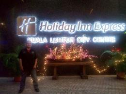 Tempat bermalam di Holiday Inn Express. (foto: dok. pribadi)