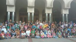Ilustrasi anak-anak berada dalam masjid.(TRIBUNJABAR.CO.ID/PUTRI PUSPITA)