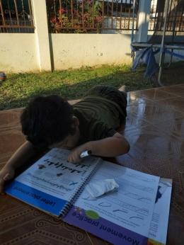 Anak homeschool, belajar di luar ruangan juga bisa (sumber: dokpri)