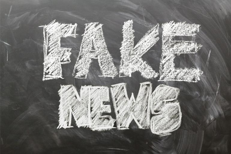 Deskripsi : Fake News / Hoaks beredar di masyarakat melalui berbagai kanal, saatnya berhati-hati I Sumber Foto : geralt - pixabay
