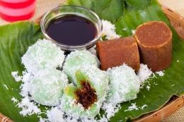 Ilustrasi klepon, kue tradisional Indonesia. (Dok. Shutterstock/Riki Risnandar PhotoPro via KOMPAS.com)