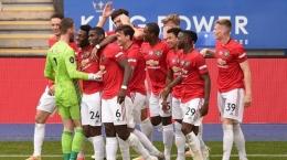 Pemain-pemain Manchester United merayakan kemenangan atas Leicester City di laga terakhir Liga Inggris musim 2019/20 (26/7). MU berhasil lolos ke Liga Champions setelah finish di peringkat 3/Foto: soireenews.com