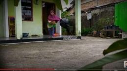 Prank daging kurban sampah YouTuber Edo Putra - Sumber Foto: tribunnews.com