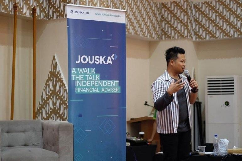 Founder sekaligus CO PT Jouska Finansial Indonesia, Aakar Abyasa Fidzuno | Sumber: trenasia.com