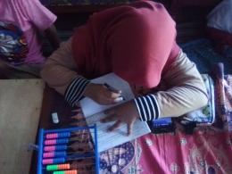 Aktivitas belajar daring saat pembelajaran matematika kelas 5 SD (dokpri Bayu Samudra)