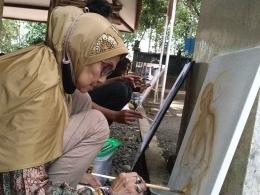 Eyang Jati (Sedjatiningsih), pelukis Banyumas. | Dokpri