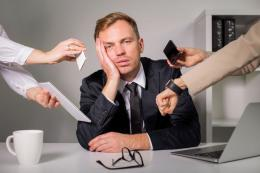Ilustrasi stres karena pekerjaan yang terlalu padat. (Sumber: Thinkstock/grinvalds via kompas.com)