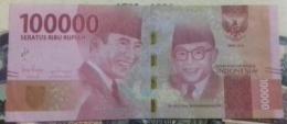 Wajah Sukarno (bersama Moh. Hatta) pada emisi 2016 (koleksi pribadi)