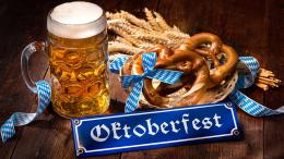 Sajian khas Oktoberfest. Sumber: www.neweuropetours.eu