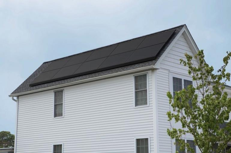 Ilustrasi solar panel di rumah (DOK. PEXELS)