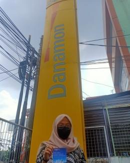 Di depan Bank Danamon kota Bekasi (Foto : Dok. Pribadi)