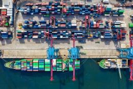 Pelabuhan Tanjung Priok | maritimenews.id