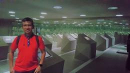 Ruang dalam museum untuk mengingat dan proses belajar mitigasi kebencanaan tsunami (Dokpri)