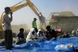 Silam, saat menolak pembangunan proyek New Yogyakarta International Airport di Kulon Progo, DIY. Sumber foto: kompas.com