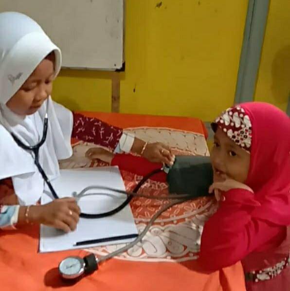 Bermain peran sebagai dokter dan pasien/dokpri