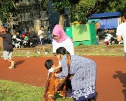 Bangga memakai kain batik termasuk wujud cinta budaya nasional bangsa (Dokumentasi pribadi)