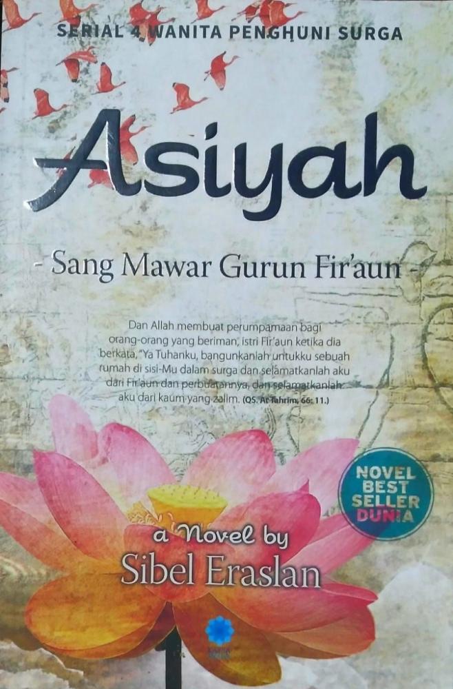 Salah satu novel dari serial 4 Wanita Penghuni Surga karya Sibel Eraslan (Dokpri)