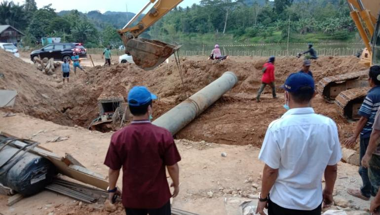 Pembenahan Pipa PDAM di Sampara/dokpri