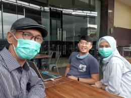 Bersama Sahabat Bagus Yaugo Wicaksono dan istrinya/dokpri