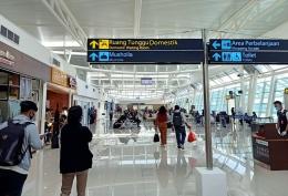 Suasana di Bandara El Tari Kupang pada awal Desember 2020. (foto: Alex Journey)