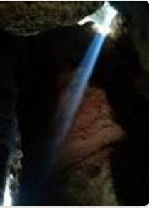 Namamu abadi dalam gua sunyiku (detiknews/Flori)