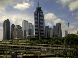 Pemprov DKI Jakarta telah memberlakukan berbagai upaya pencegahan dan penanggulangan Covid-19