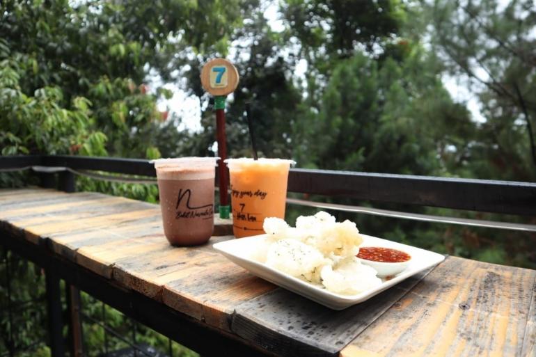 Makanan di Bukit Nurmala Cafe (dokumentasi pribadi)