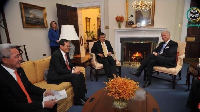 Pertemuan Jusuf Kalla dengan Joe Biden sewaktu sama-sama menjadi wakil presiden (tribunnews.com)