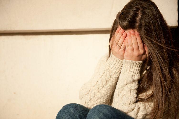 Ilustrasi: Pandemi Covid-19 yang berlangsung saat ini bisa jadi pemicu munculnya gejala psikosis. | Sumber: Shutterstock via Kompas.com