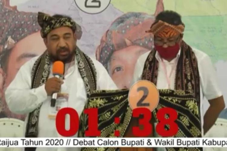Bupati terpilih Kabupaten Sabu Raijua, Nusa Tenggara Timur (NTT) Orient Patriot Riwu Kore (kiri) dalam debat para calon yang digelar secara live di Youtube(Tangkapan layar YouTube KPU Sabu Raijua) [Melalui Kompas.com]