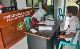 Foto : Pendaftaran di meja pertama untuk vaksinasi (dokpri).