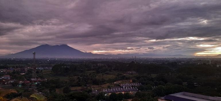 Gunung Salak sore hari. Dokpri