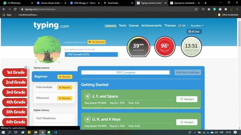 Tampilan Antarmuka Halaman Utama Typing.com