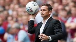 Frank Lampard, pemain sekaligus mantan pelatih Chelsea. Foto: Reuters/David Klein via CNN Indonesia.