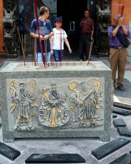 Klenteng Sanggar Agung di Surabaya (Sumber: Dok. Pribadi)