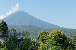 Gunung Agung by Pixabay.com