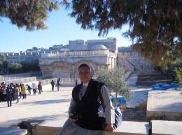 Pintu Timur Yerusalem Kuno nampak dari jauh ( dok pri )