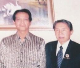 ket. foto :bersama Sri Sultan Hamengkubowono X /dokumentasi pribadi