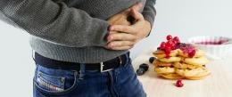 Kurang tidur dapat meningkatkan rasa lapar serta BB, terlebih ketika weight loss (Image by mohamed Hassan from Pixabay)