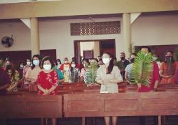 foto.dok.pribadi/Misa Minggu Palma di Gereja Katedral Atambua dengan menerapkan protokol kesehatan