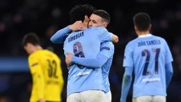 Pemain Manchester City merayakan gol ke gawang Borussia Dortmund. (via qlur.com)