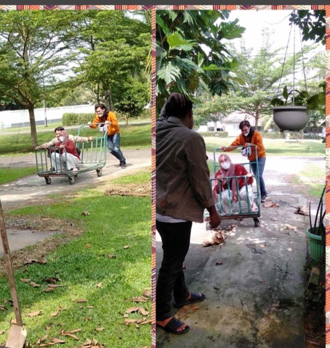 Dokpribadi saat mereka saling bercanda, si uni pulang dari tugas di Semarang.