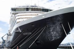 Kapal MS Noordam, tempat saya menjalani ibadah puasa. Sumber: Pixabay.com/astize