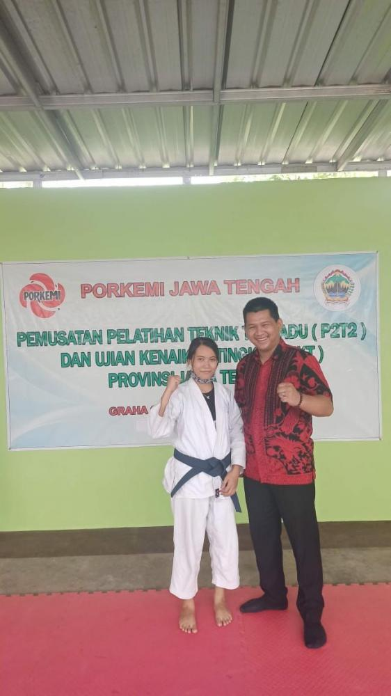 Mas Bonar bersama Atlet Kempo Jateng (dok.pri)