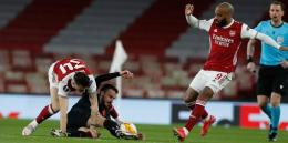 Arsenal lolos ke semifinal (bola.net)