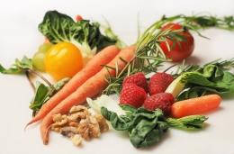 Pola makan, asupan nutrisi turut memengaruhi kualitas sistem reproduksi (foto dari pixabay/dbreen)