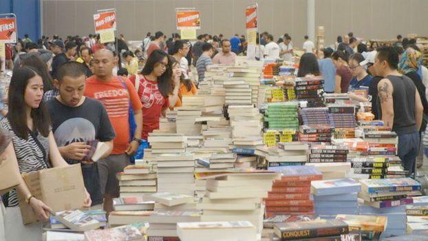 Suasana pameran buku. Foto: BBC.com