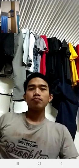 Buka bersama secara virtual dengan adik saya dimalaysia/foto: samhudi