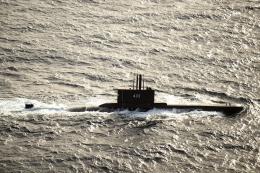 Sumber: U.S. Navy photo by Mass Communication Specialist 3rd Class Alonzo M. Archer