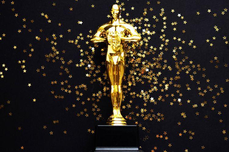 Piala Oscar. Sumber : Kompas
